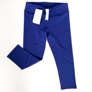 NWT Women's Fabletics Crop Leggings